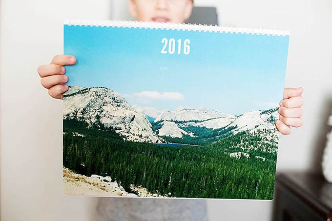 Your 2017 Guide To Gifting OMG-Worthy Photo Calendars!